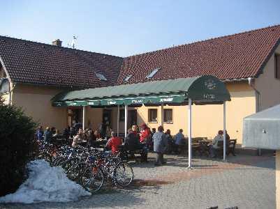 Cyklobar restaurant, Dobrá